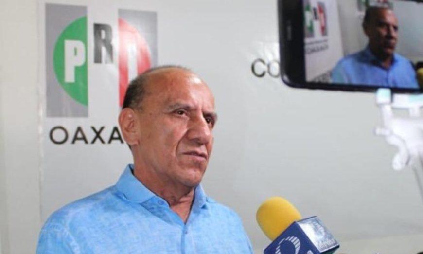 Periodista acusa al líder del PRI en Oaxaca de amenazarla