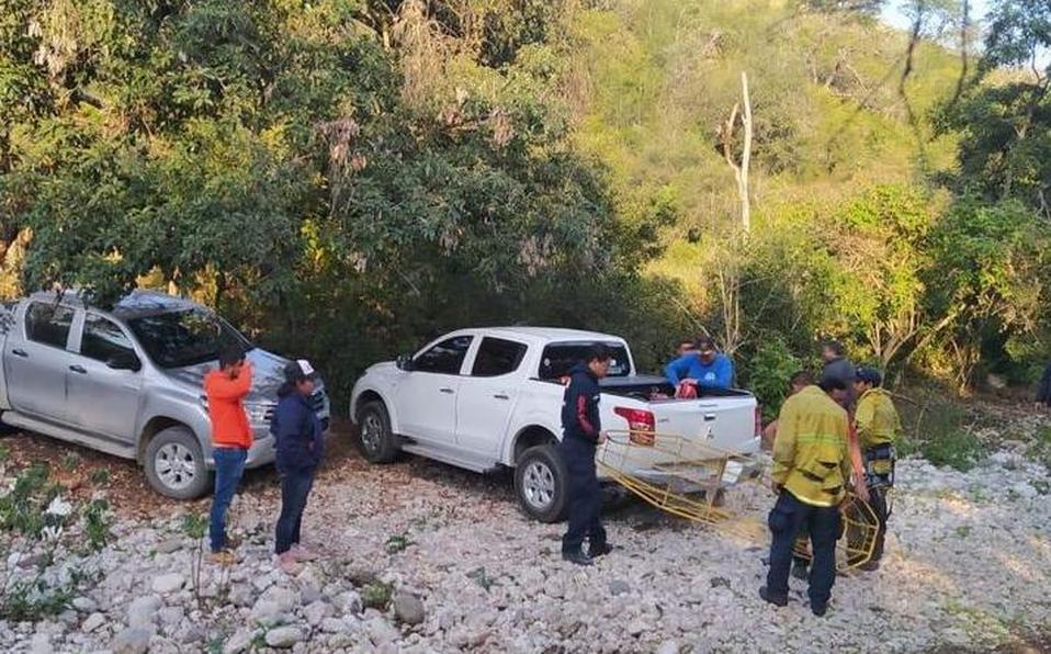 Hallan tres cuerpos en fosa clandestina en San Luis Potosí