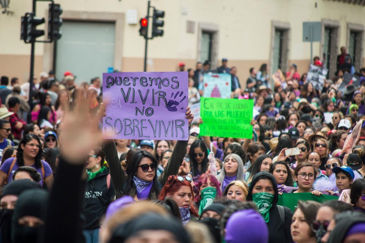 8M: Mujeres muestran fuerza (Zacatecas)