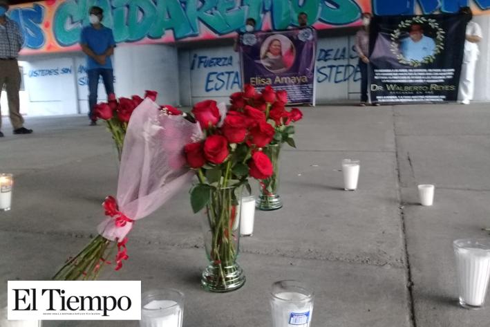 Rinden homenaje a médicos fallecidos por el Coronavirus (Monclova, Coahuila)