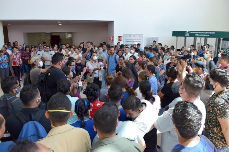 EN AGUASCALIENTES, TRABAJADORES DEL IMSS 3 PIDEN TRANSPARENCIA ANTE EL COVID-19
