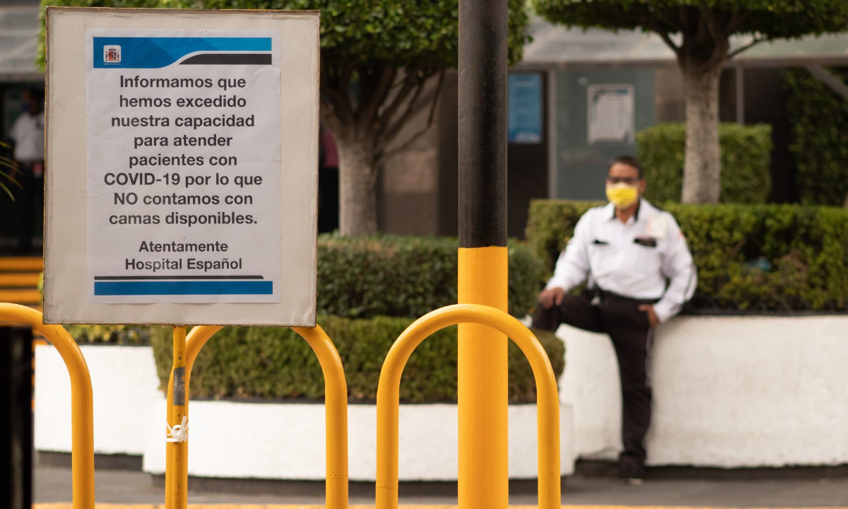 HOSPITALES PRIVADOS REPORTAN QUE YA NO PUEDEN ATENDER A MÁS PACIENTES COVID-19 (Ciudad de México)