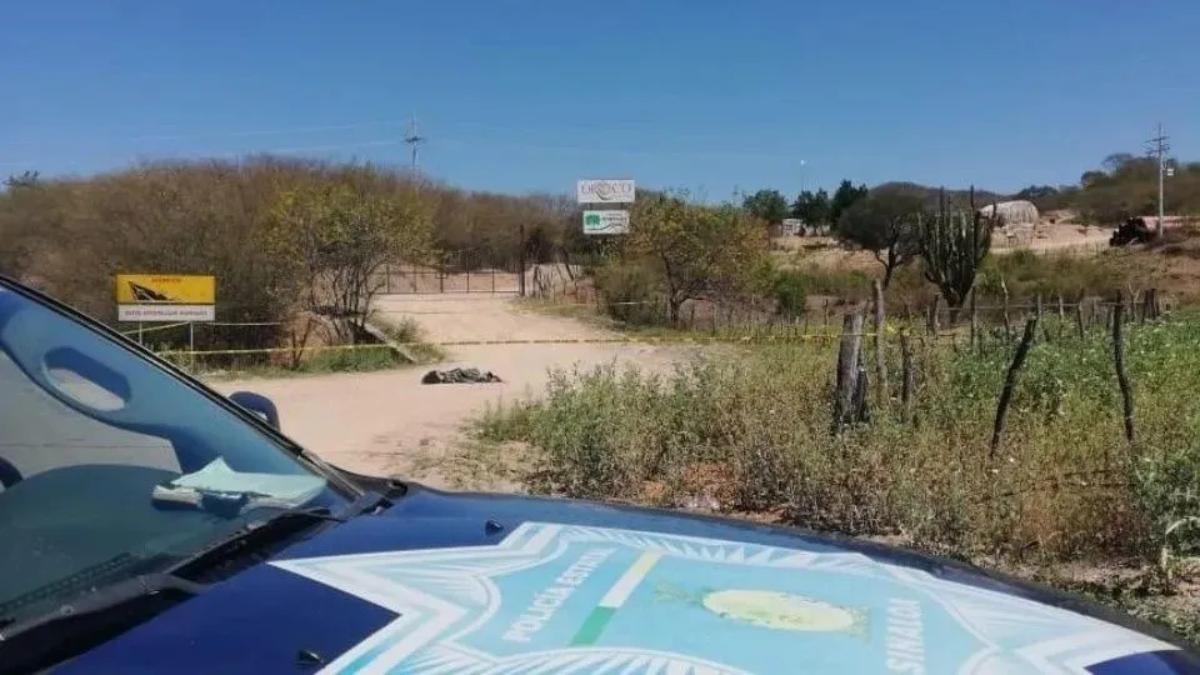 Grupo armado aterroriza escuela normal rural en Morelos