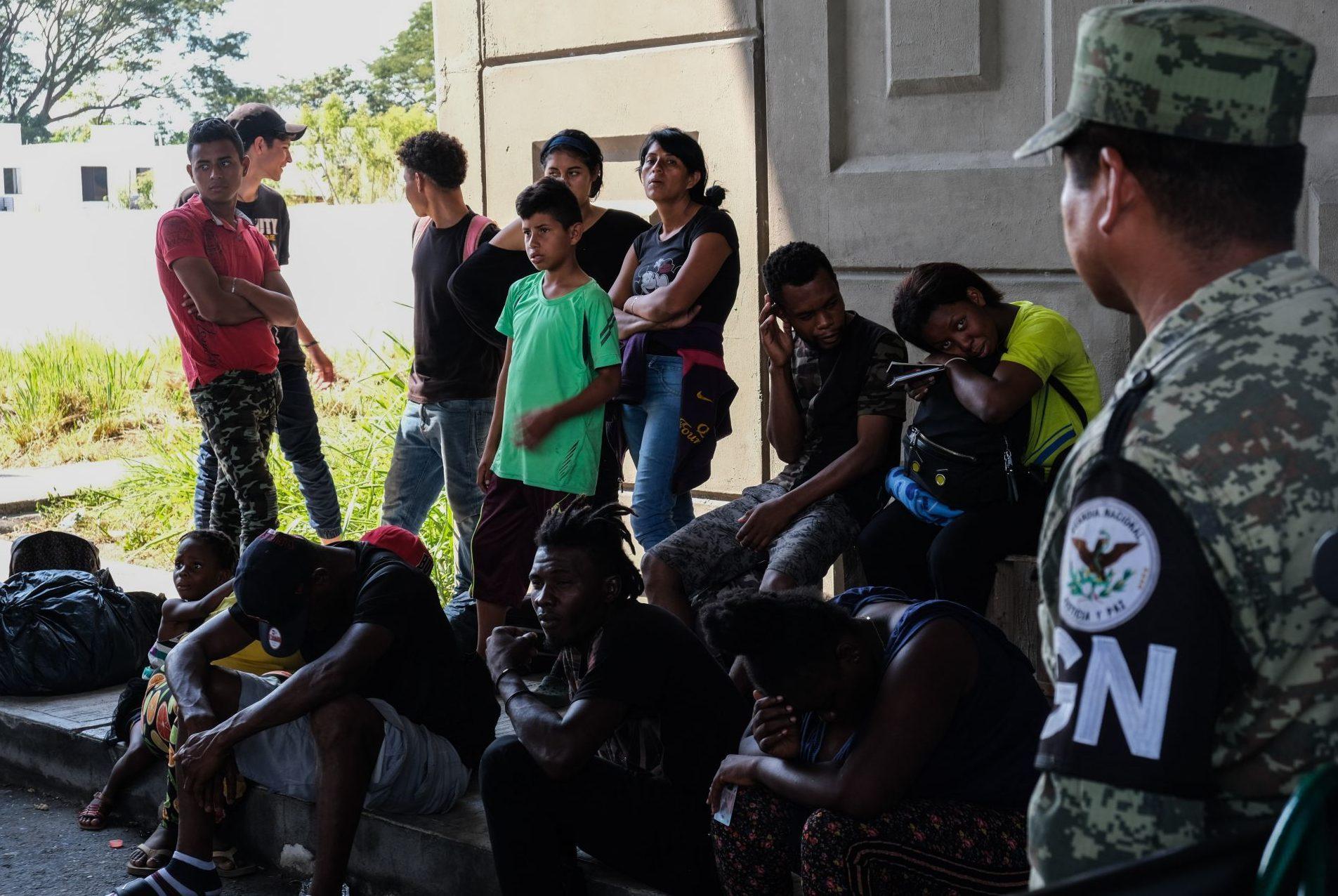 México detuvo arbitrariamente a dos migrantes y debe pagarles una indemnización: ONU