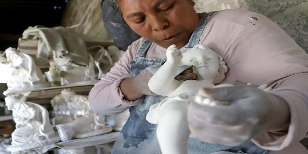 Comida por artesanía: la triste opción de las personas artesanas por el COVID-19