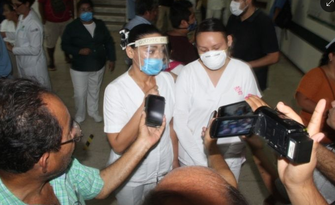 Trabajadores del IMSS de la 510 Cancún, denuncian amenazas por directivos