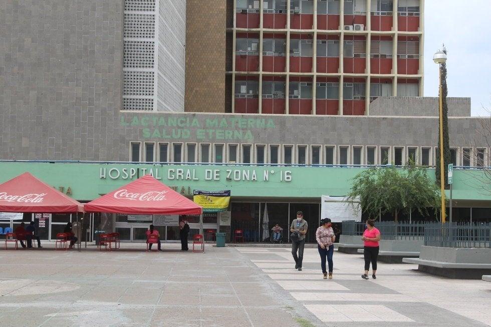 Aumenta a 10 cifra de trabajadores contagiados en clínica 16 del IMSS Torreón (Coahuila)