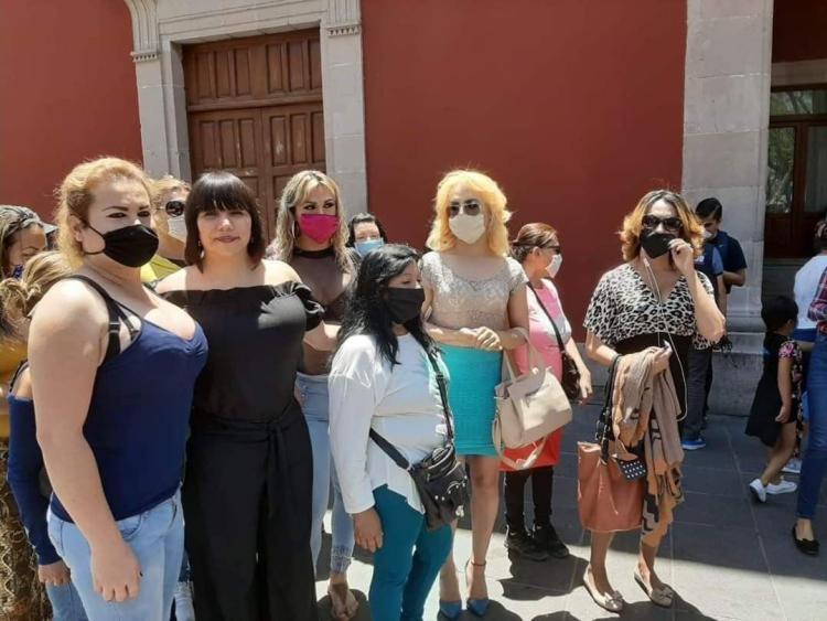 LO QUE EXIGEN TRABAJADORAS DE LAS VIOLETAS AL MUNICIPIO DE AGUASCALIENTES DURANTE EL PARO DEL COVID-19