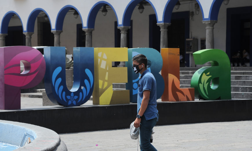 Trabajadores de la salud, uno de cada cinco contagiados por covid-19 en Puebla