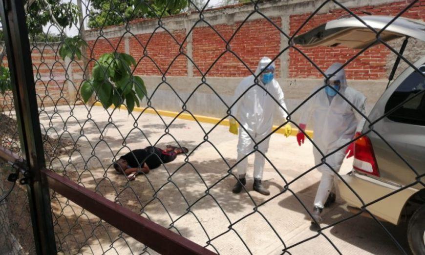 Hombre con síntomas de covid-19 muere en la calle cuando iba por atención médica (Oaxaca)