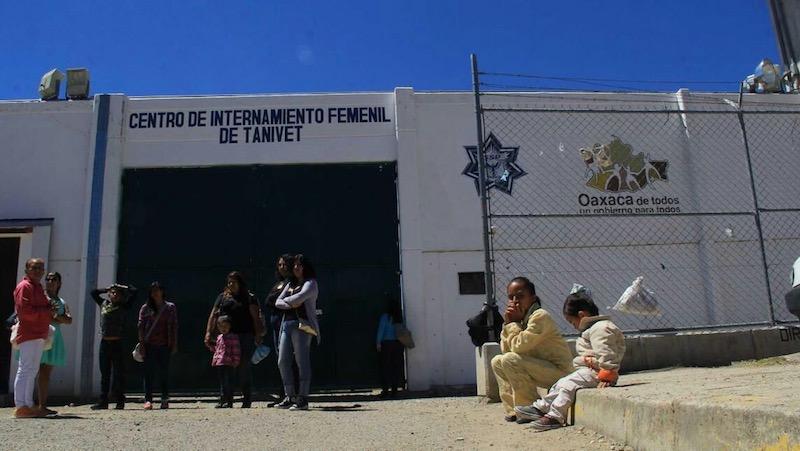 Muere un preso del Penal de Tanivet donde se confirmó un brote de Covid-19 (Oaxaca)