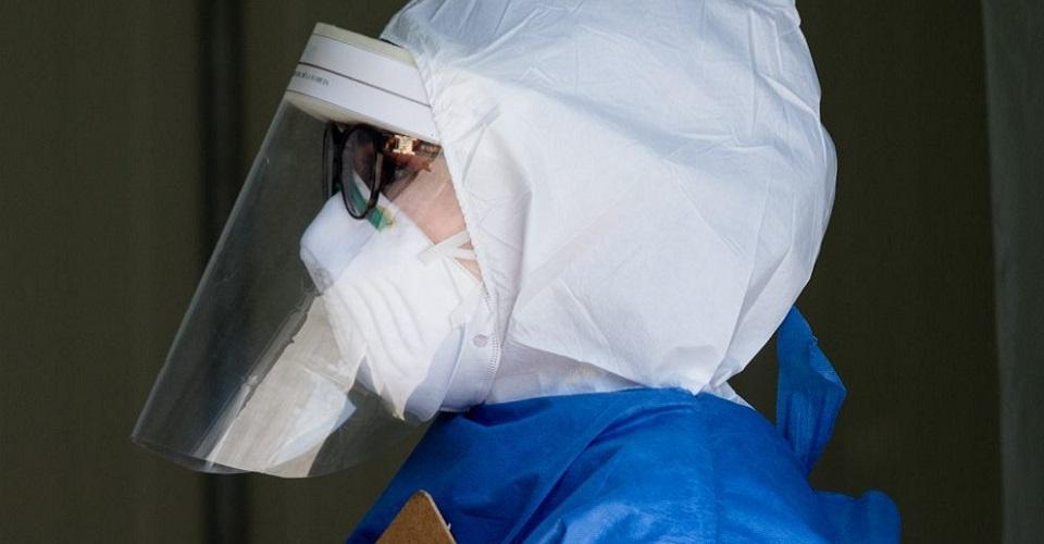 Vecina ataca a doctora con cloro en CDMX y autoridades impiden que levante la denuncia