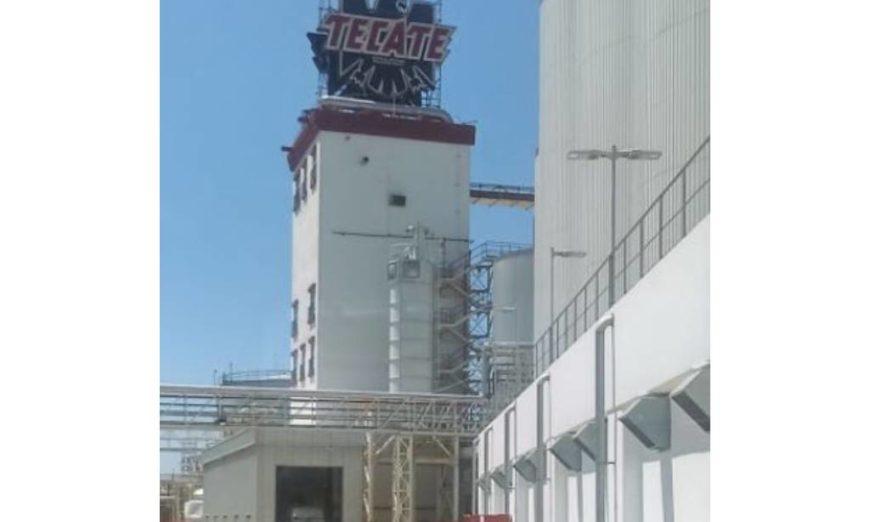 Cervecería Tecate no paga consumo total de agua; denuncian conflicto de interés (Baja California)