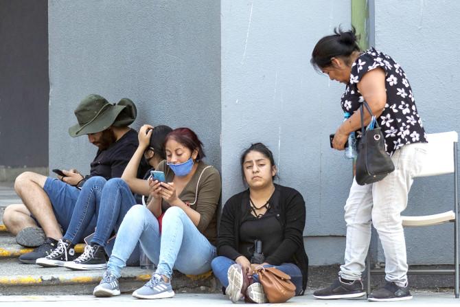 Sin pruebas a cadáveres ni freno al COVID (Baja California)