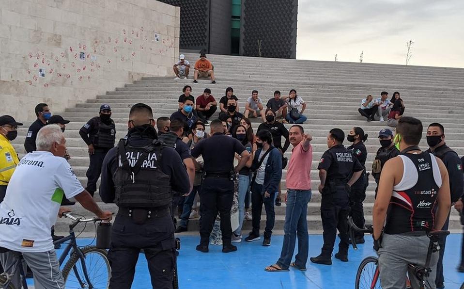 Jovenes detenidos denuncian abuso policiaco en Torreón (Coahuila)