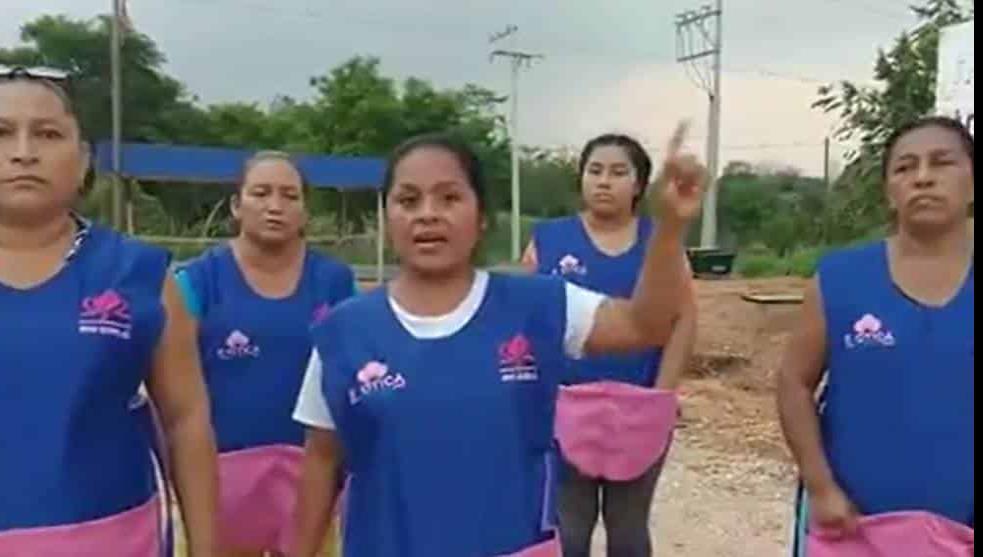 """Tabasco: mujeres costureras se declaran en """"resistencia civil"""" contra gobierno"""