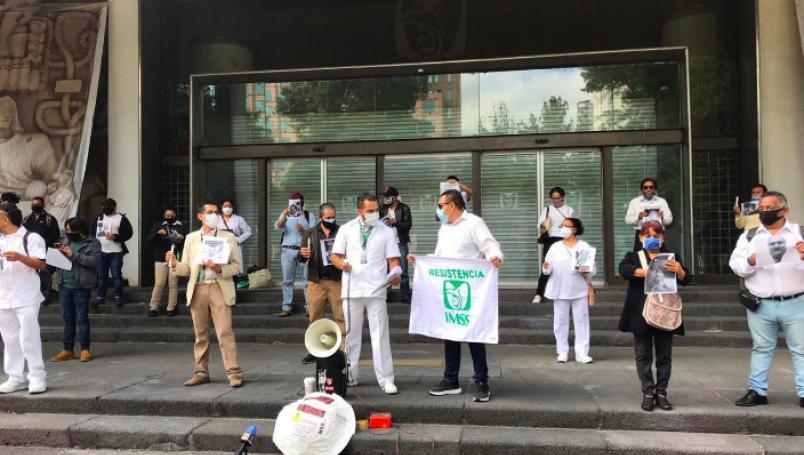 Trabajadores de Salud exigen reunión con Alcocer o López-Gatell