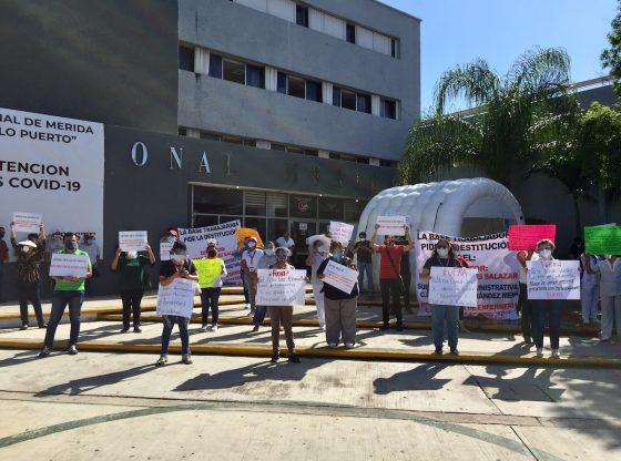 Enérgica protesta en el hospital del Issste (Yucatán)
