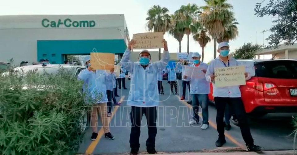 Protestan en maquiladora de Reynosa por muerte de obreros por COVID-19 (Tamaulipas)