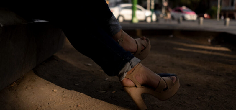 Policías de Mérida detienen, fotografían, graban, agreden verbalmente y roban dinero a trabajadoras sexuales