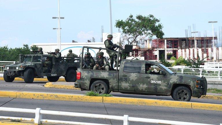 La sociedad civil presentó una serie de amparos en contra de la militarización de la seguridad pública