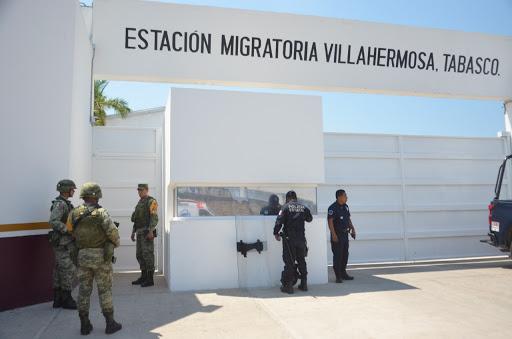 Denuncian abusos del INM contra migrantes en Tabasco