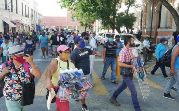 '¡Queremos trabajar!', vendedores piden fin al acoso de autoridades en Mérida