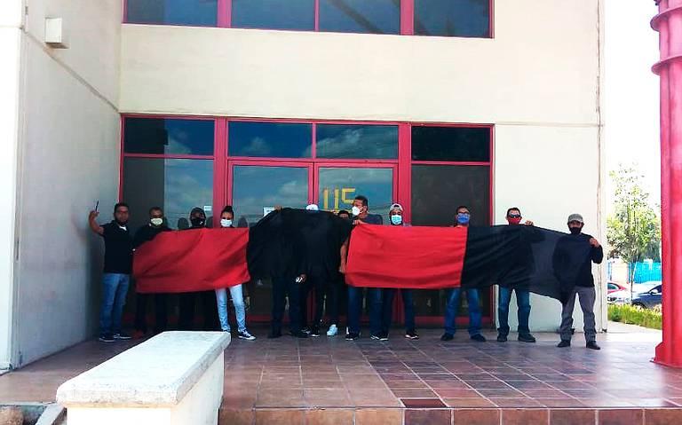 Estallan a huelga trabajadores afectados de la empresa Challenger (San Luis Potosí)