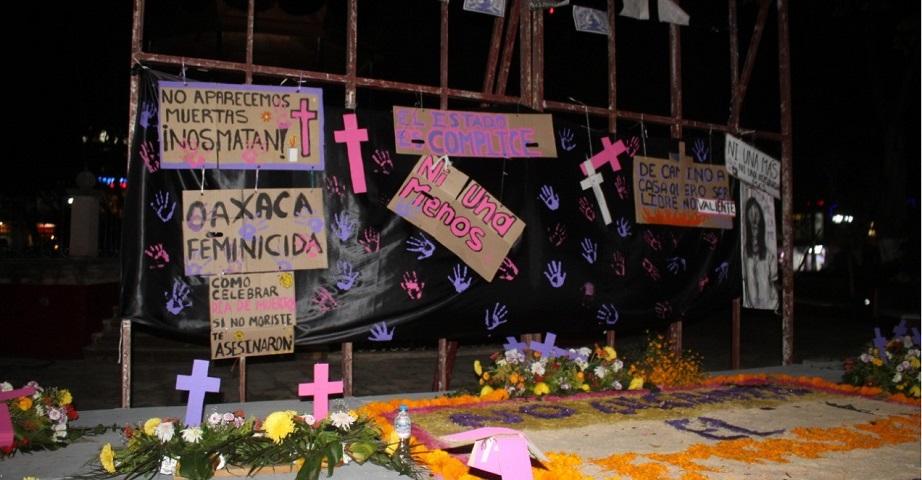 Marchan por mujeres de la Mixteca (Oaxaca)