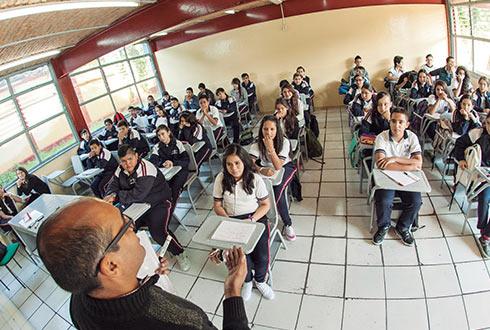 Maestros presentan 287 quejas contra SEJ por falta de pago (Jalisco)