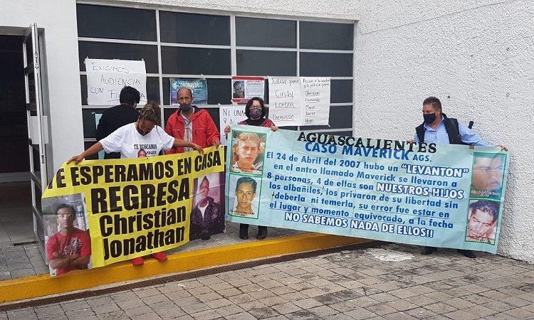 Se manifiestan familiares de desaparecidos por falta de seguimiento a investigaciones (Aguascalientes)
