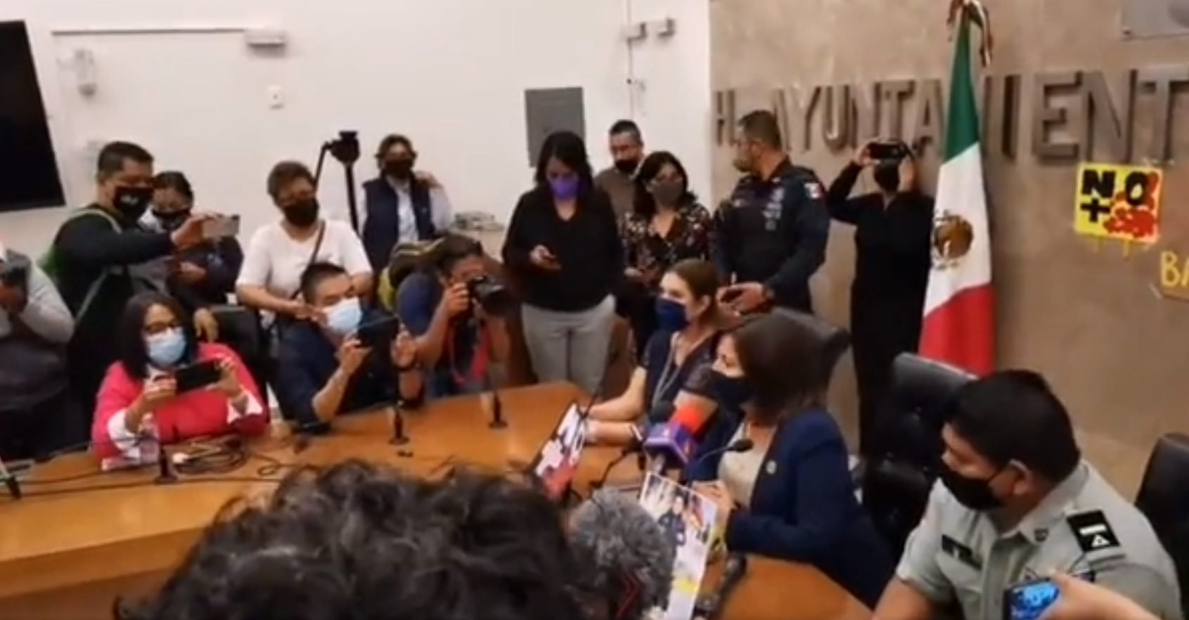 'Se arriesgan de más', dice alcaldesa ante asesinato de reportero en Salamanca