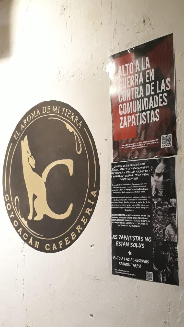 Galería de fotos de acción en Aguascalientes en contra de los ataques paramilitares a comunidades zapatistas