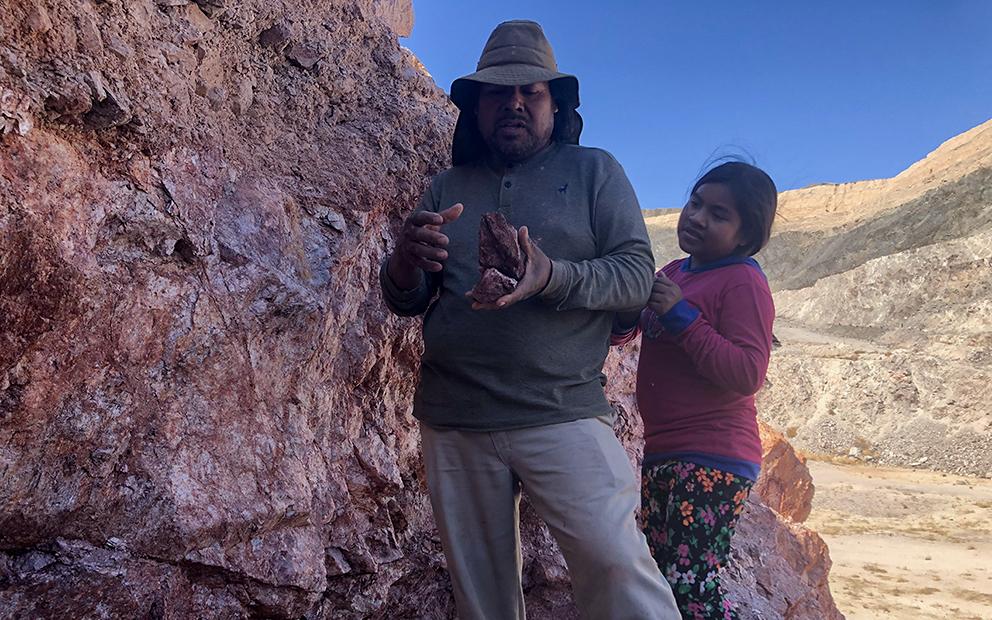 Los jornaleros que buscan oro en el desierto de Sonora