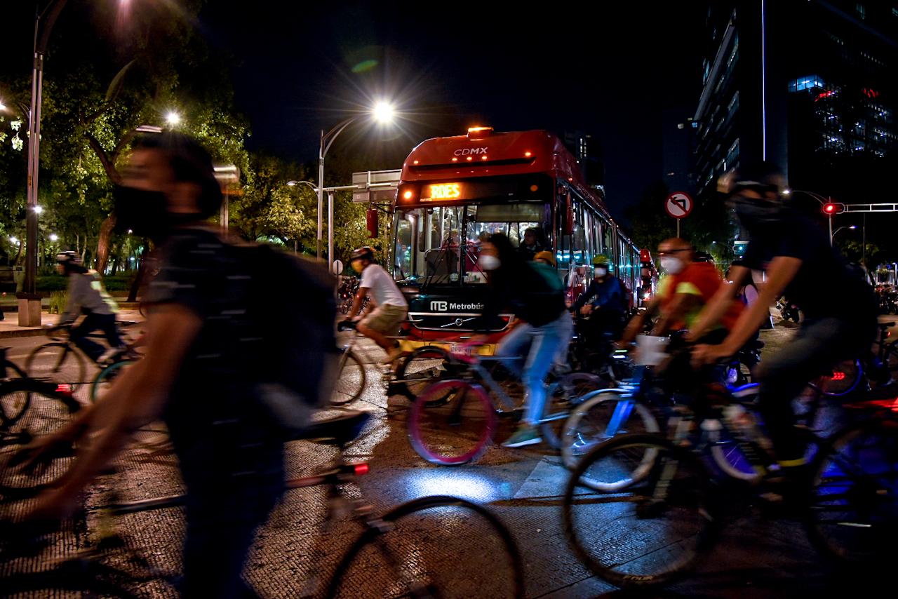 Plan de protección a ciclistas se queda corto: activistas y usuarios (Ciudad de México)