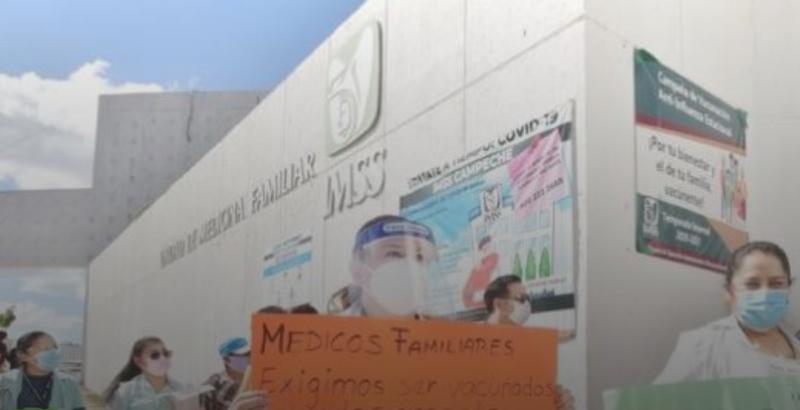 Crecen protestas entre médicos del IMSS por falta de vacunas (Campeche)