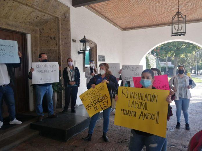 Trabajadores de la Secretaría de Salud piden ser reinstalados (Jalisco)