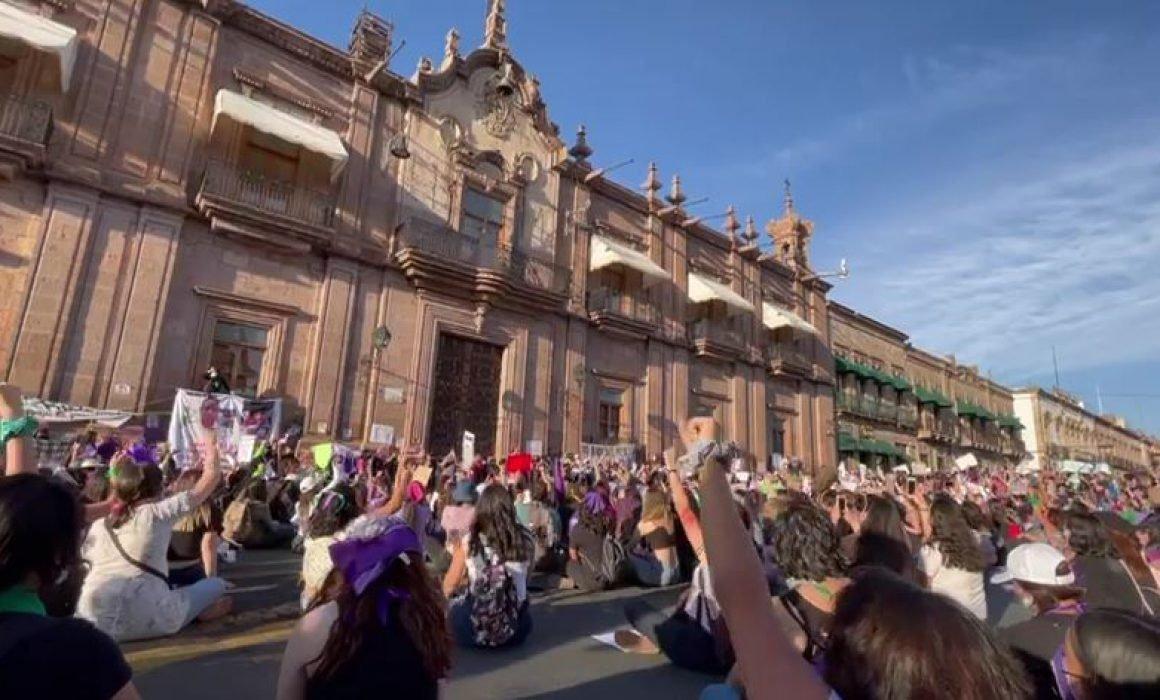 Cimbró Morelia al grito de ¡ni una asesinada más!  (Michoacán)