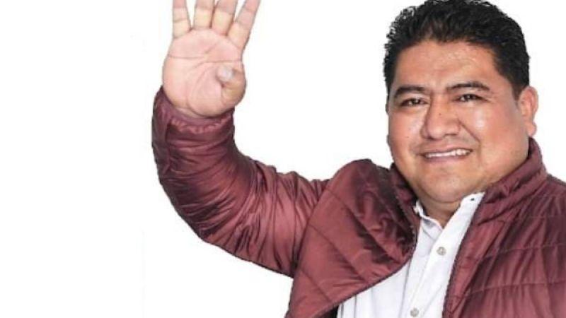 Exigen a Morena impedir candidatura de Humberto Santos; exhibía a mujeres mixes en WhatsApp (Oaxaca)