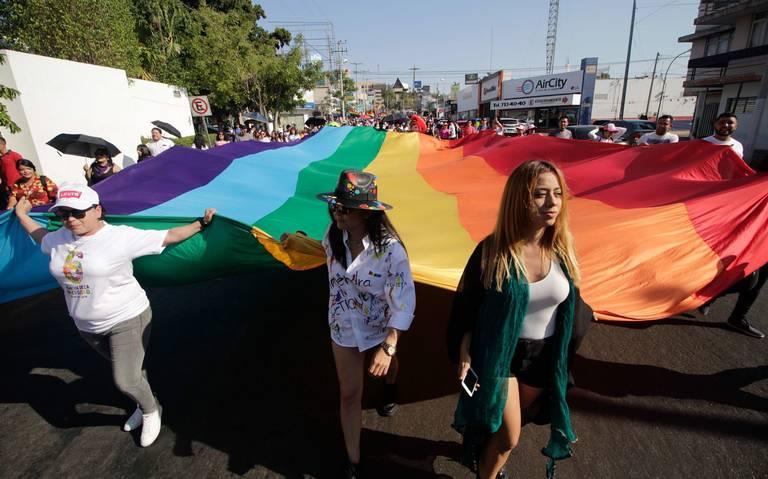 Exigen políticas para detener violencia contra mujeres de la comunidad LGBTTTIQ+ (Jalisco)