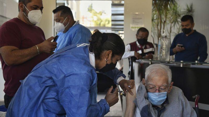 EU donaría excedente de vacunas a México… a cambio de contener flujo migratorio