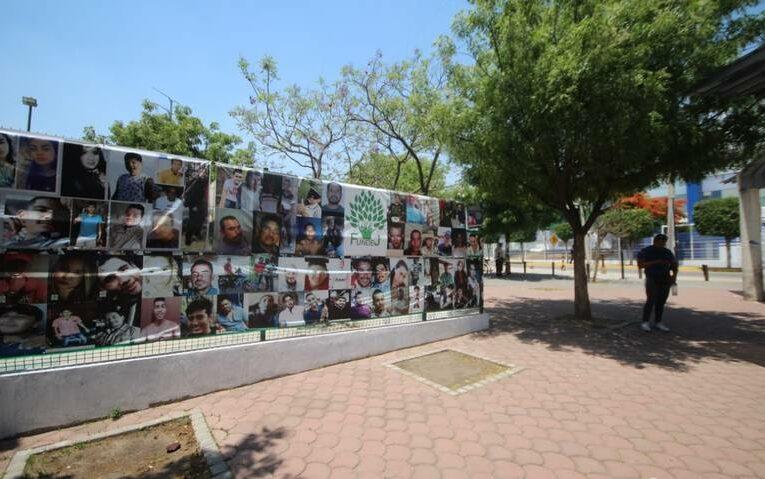 """""""Éramos 200 y hoy somos 600"""": madres de desaparecidos exigen al Gobernador intervención en el Semefo (Jalisco)"""