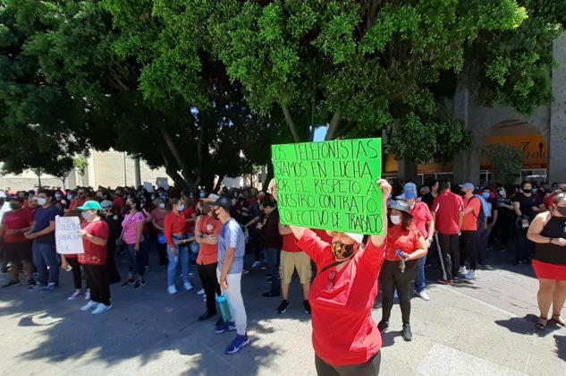 Trabajadores de TELMEX a punto de estallar a huelga por aumento de años para la jubilación (Jalisco)