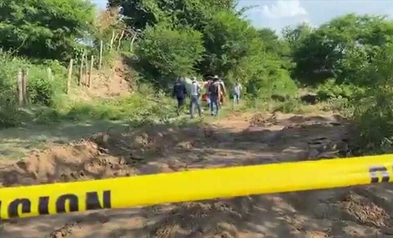 Colectivo de Familias Unidas localizan fosas clandestinas en Ixtlán del Río (Nayarit)