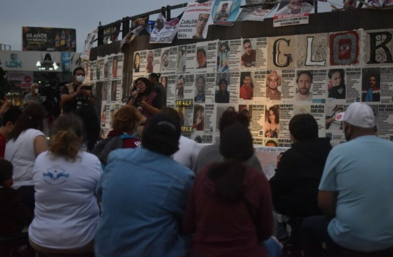 #10deMayo en Jalisco: Abrazadas a la esperanza de verles volver, madres realizan acción de memoria por sus hijos e hijas desaparecidas (Jalisco)