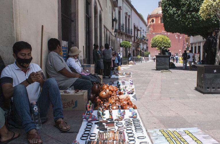 Con falso acuerdo, intentan desalojar a comerciantes indígenas en Querétaro
