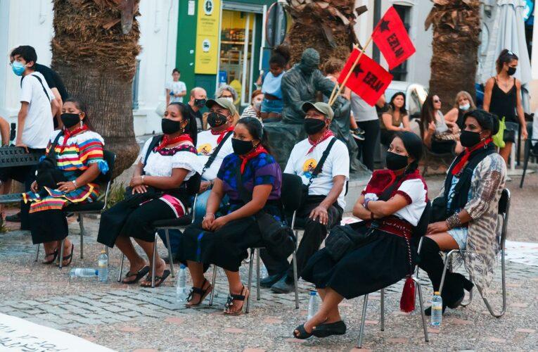 La comitiva zapatista presentó en Mérida, Extremadura, su gira europea