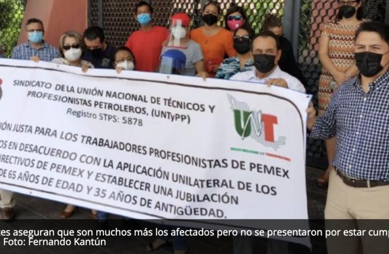 Petroleros protestan por aumento en edad de jubilación en Ciudad del Carmen(Campeche)