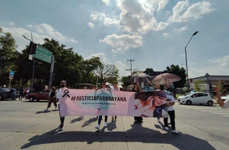 """""""Mi identidad no mata, tu transfobia sí"""": marchan contra los transfeminicidios en Jalisco"""