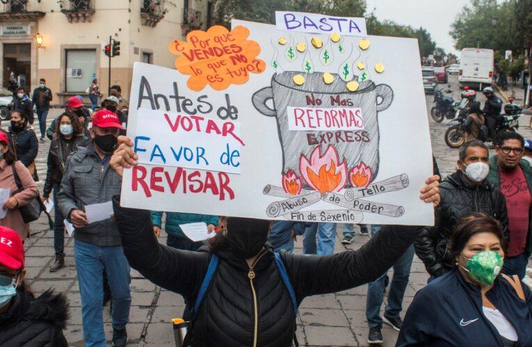 Frenan protestas reforma Issstezac (Zacatecas)